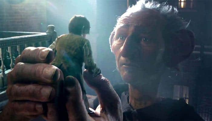 Watch Hindi trailer of Steven Spielberg's 'The BFG' with voiceovers by Amitabh, Parineeti & Gulshan!