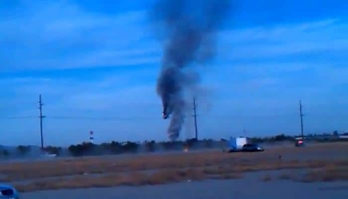 WATCH: Hot air balloon catches fire and crashes in Texas, US
