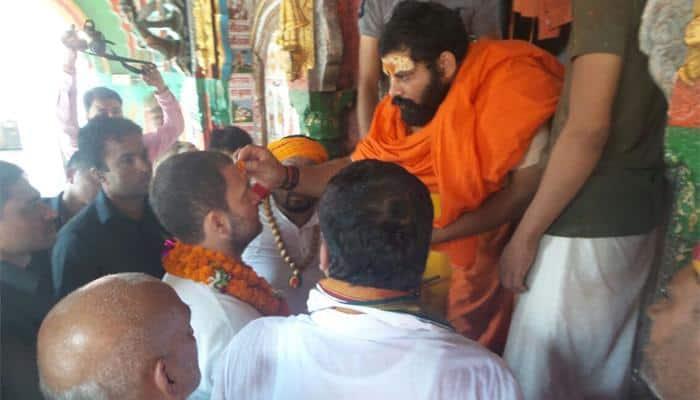 Rahul Gandhi in Ayodhya, stays away from Ramjanmbhoomi-Babri Masjid site