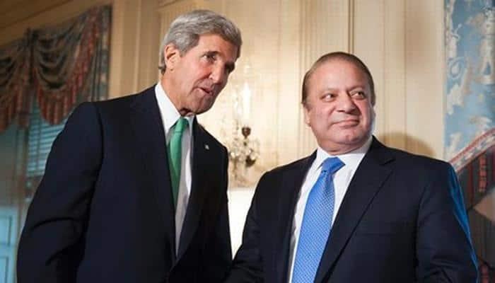 Nawaz Sharif meets Kerry; seeks US role in Kashmir dispute