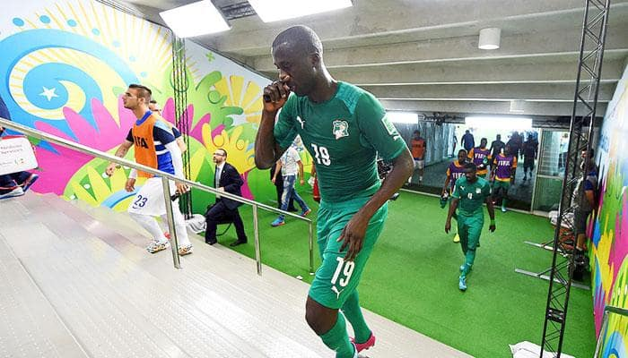Manchester City's Yaya Toure announces retirement from International football