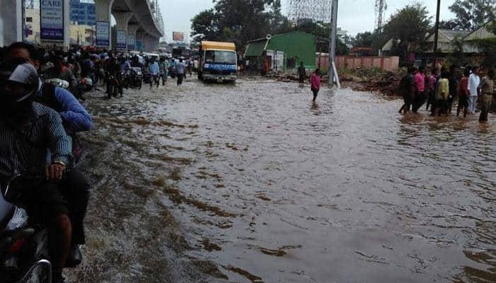 Heavy rains continue to pound Telangana, Andhra Pradesh; death toll rises to 9