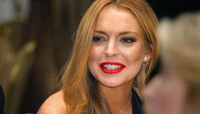 Lindsay Lohan meets Syrian refugees in Turkey