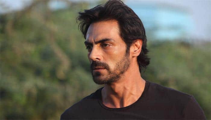 Arjun Rampal wraps up filming 'Daddy'!