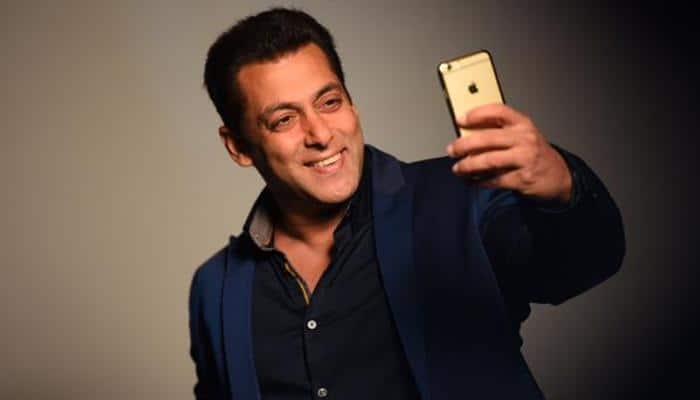 Salman Khan's Bigg Boss 10: Guess ho Will Be The First Guest? Deets Inside