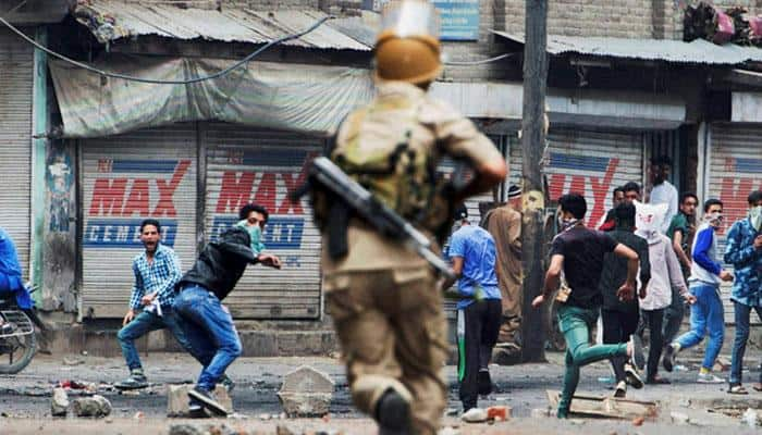 India rejects Pakistan's reference to women's condition in Kashmir