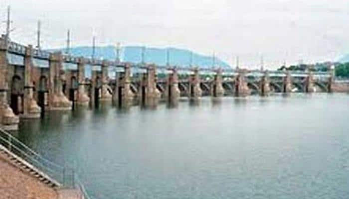 Supreme Court directs Karnataka to release 2,000 cusecs of Cauvery water a day to Tamil Nadu till further orders