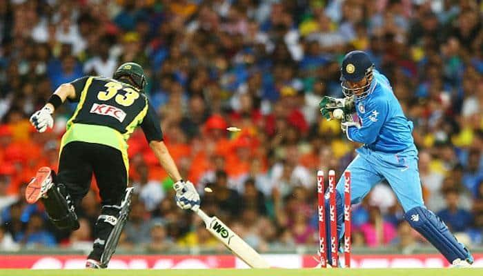 Howzat?? Mahender Singh Dhoni's 10 fastest stumpings