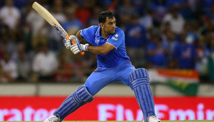MS Dhoni to consider retirement after Champions Trophy? Ex-cricketers back skipper to continue till 2019 World Cup
