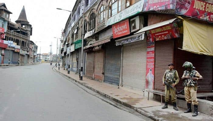 Kashmir separatists set on fire over two dozen schools; police ordered to take action