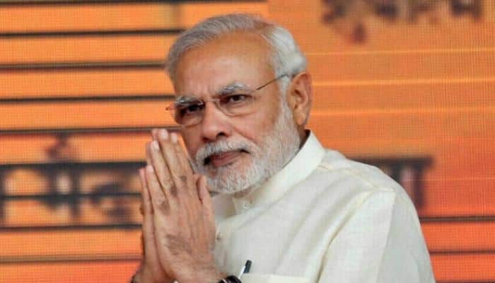 PM Narendra Modi says thank you after journalists praise him for demonatisation move