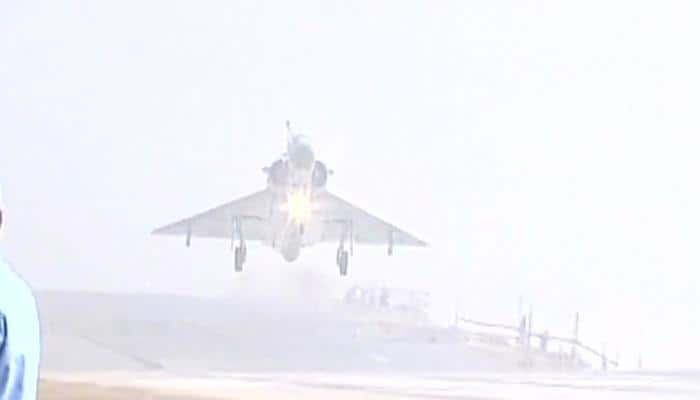 Six IAF fighter jets touch down on Agra-Lucknow Expressway on its opening
