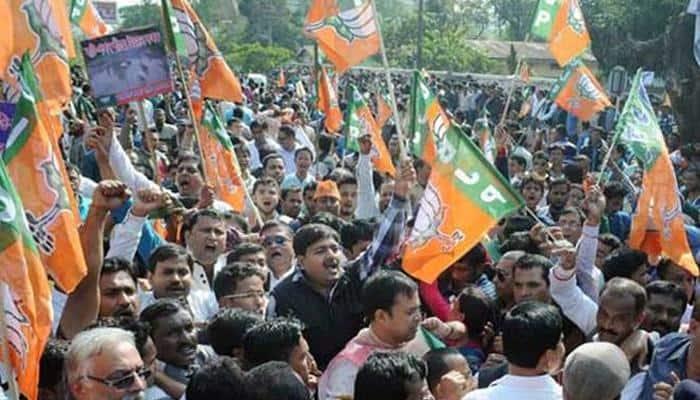 Hundreds of Delhi BJP workers protests against Arvind Kejriwal