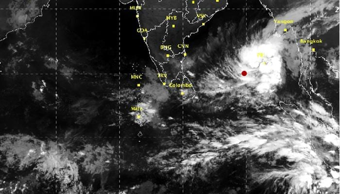 Around 1400 tourists stranded in cyclonic weather in the Andamans
