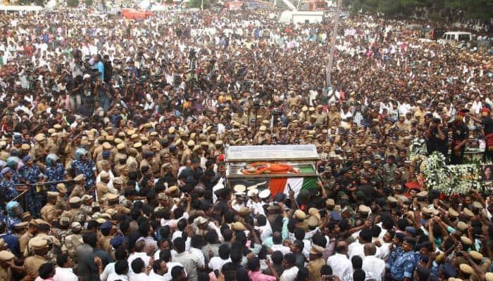 Jayalalithaa's relatives perform her last rites again, as per Hindu rituals