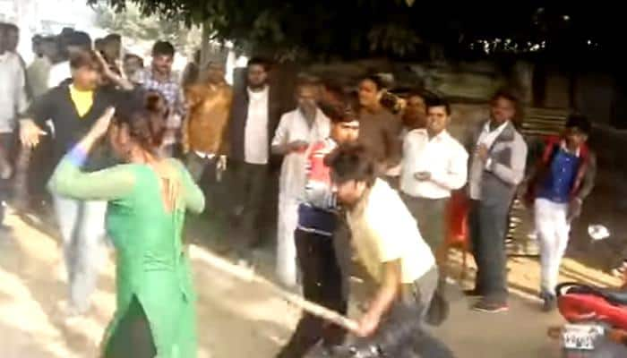 Woman molested in busy market in UP's Mainpuri, beaten up with stick for resisting, suffers head injury