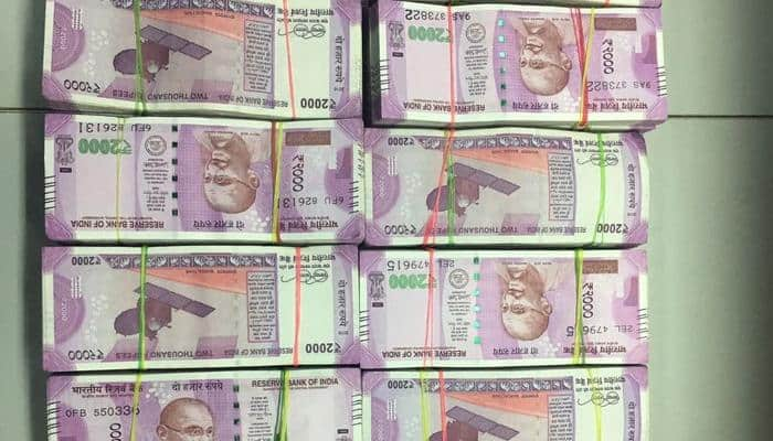 Hawala racket busted in Chennai, Rs 1.34 crore in new Rs 2000 notes seized