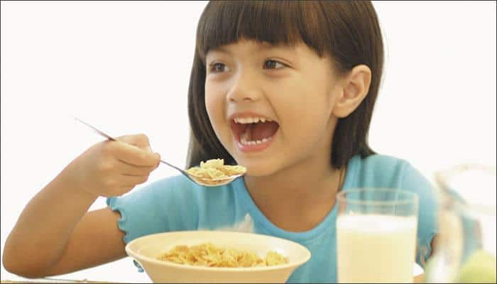 These TOP 5 superfoods can boost your child's immunity!