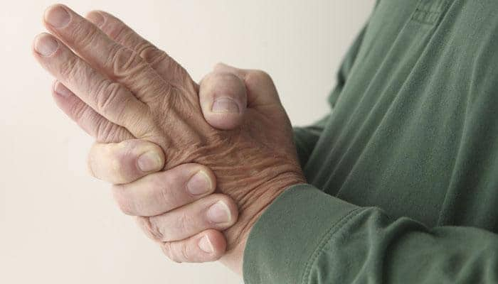 Want to improve arthritis? 45-minute brisk walk a week can help!