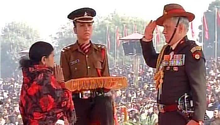 #ArmyDay: Siachen braveheart Hanamanthappa Koppad honoured with Sena Medal