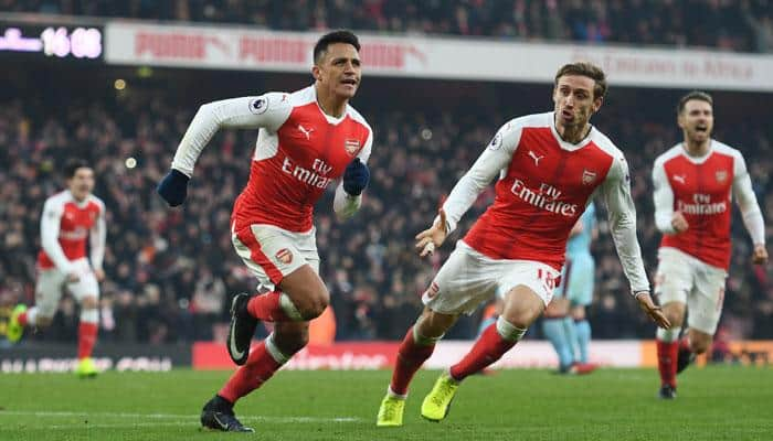EPL: Arsenal go second with stunning late show as Saints tame Foxes