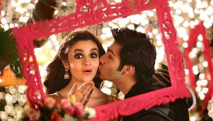 Alia Bhatt and Varun Dhawan singing 'Humsafar' song from 'Badrinath Ki Dulhania' is a must watch!
