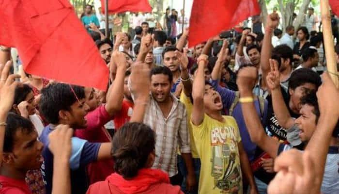 ABVP, SFI activists clash in Savitribai Phule Pune University; situation tense