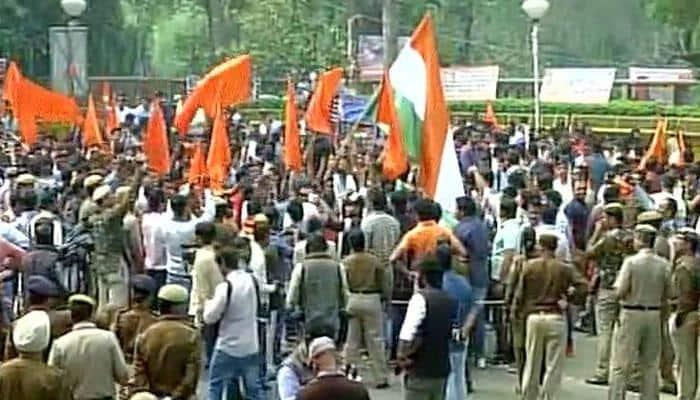 ABVP holds protest march in DU, chants 'Bharat Mata Ki Jai', says 'shoot anti-nationals'