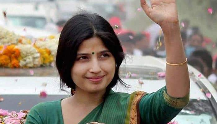 UP polls: Dimple 'bhabhi' adds colour to SP campaign