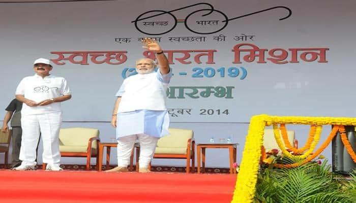 Modi govt to build toilets in one lakh madrassas under 'Swachh Bharat Abhiyan': Naqvi