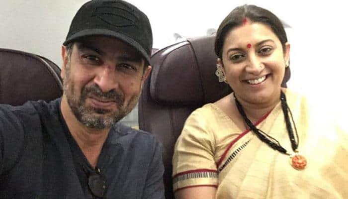Smriti Irani and Ronit Roy had a 'chance meeting' on flight, Twitterati recall Kyuki Saas Bhi Kabhi Bahu Thi's Mihir and Tulsi!