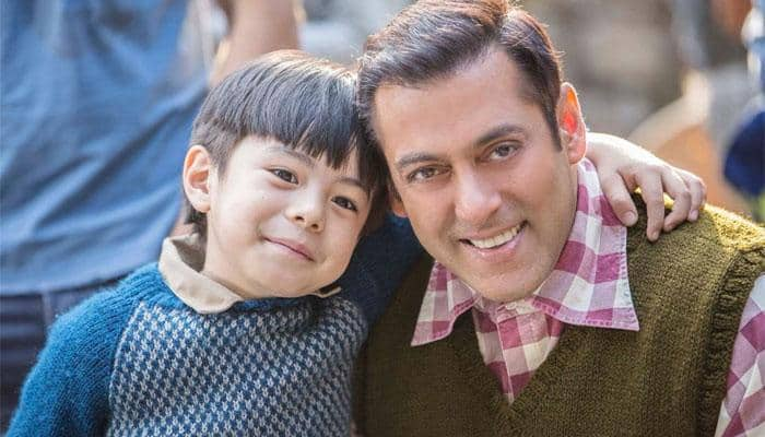 Salman Khan shares a glimpse into the world of 'Tubelight'- WATCH