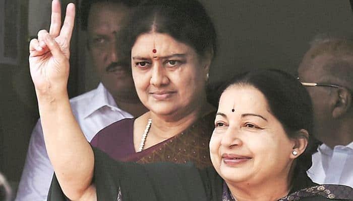 Sasikala's relative threatens to release Jayalalithaa's hospital clip