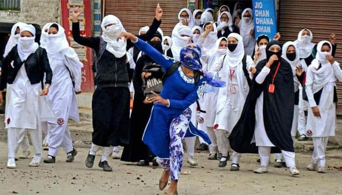 Afshan Ashique, Kashmiri girl who pelted stones at police, wants to play football for India