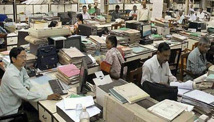 7th CPC: Bihar Pay Commission submits report, Nitish govt likely to hike employees' salaries by 14%