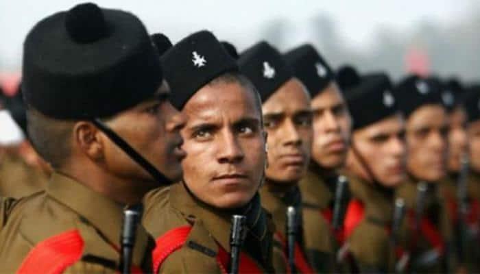 Despite shutdown call, hundreds of Kashmiri youth appear in army recruitment exam