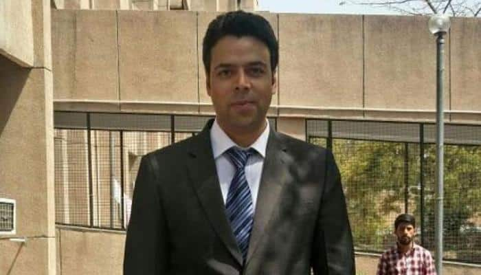 Bilal Mohiuddin Bhat who scored tenth rank in UPSC inspires many Kashmiri youths