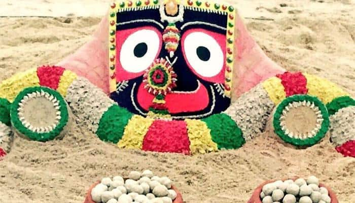 Rasagola Dibasa 2017: Sudarsan Pattnaik's sand art will compel you to grab a bowl full of the mouth-watering delicacy
