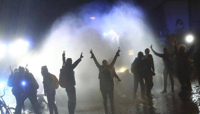 Scuffles, water cannon at final anti-G20 march in Hamburg