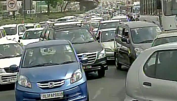 Delhi traffic – The reason for economic and climate burden, says study!