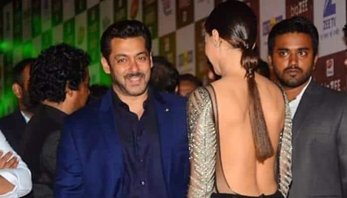 Salman Khan proves he is very shy as he hugs Sana Khan at an event - Watch Viral Video