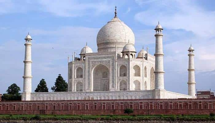 Clarify whether Taj Mahal is mausoleum or temple: CIC to govt