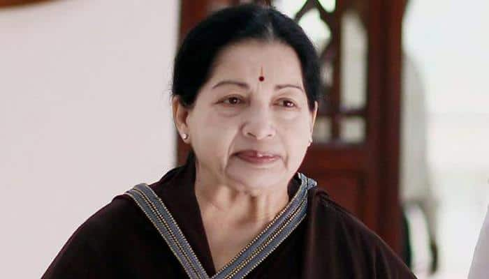 Tamil Nadu CM agrees to Panneerselvam's demand,  orders probe into Jayalalithaa's death
