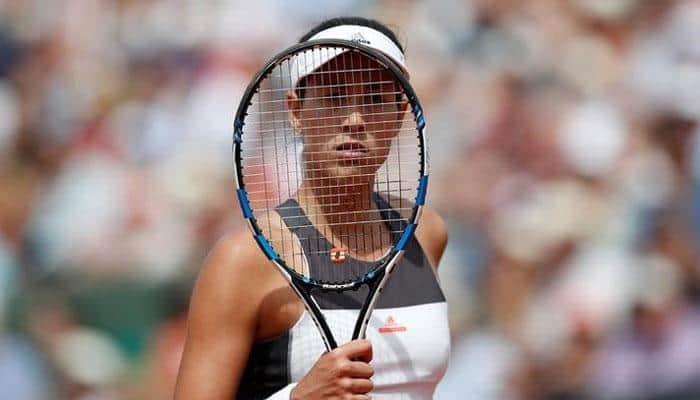 Garbine Muguruza routs would-be No 1 Simona Halep for Cincinnati WTA title