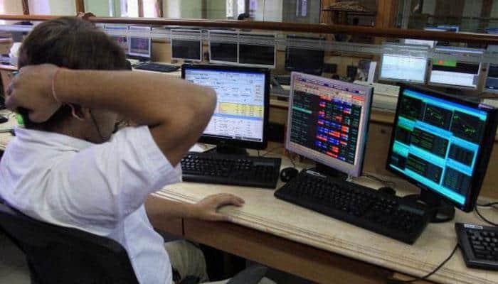 Market losses mount, Infosys pulls down Sensex