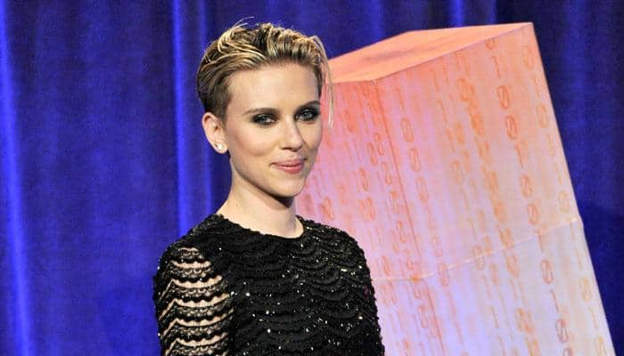 Scarlett Johansson spotted with new tattoo