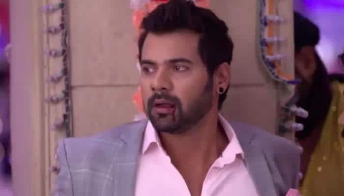 Kumkum Bhagya 28 August full episode written update: Sangram threatens to kill Abhi, Munni saves him