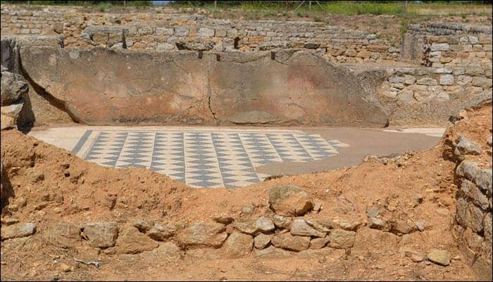 Rare 4th century Roman mosaic discovered in the UK