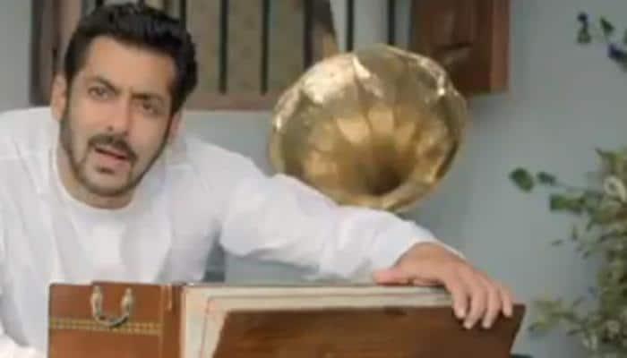 'Bigg Boss 11' promo: Salman Khan aces Kishore Kumar's 'Padosan' act - Watch