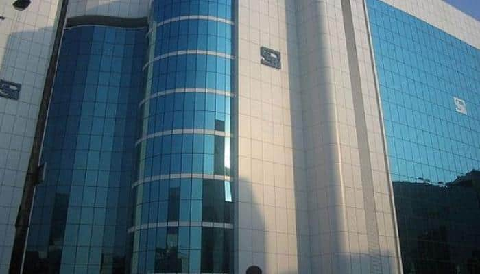 Sebi chief pitches for multiple products, fund raising avenues